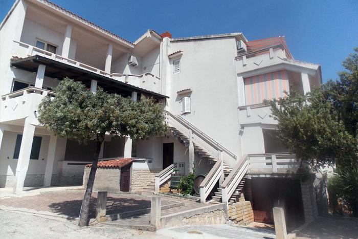 Apartmani Emilio Novalja -